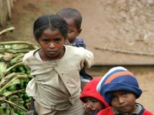 Des enfants de rues, Madagascar